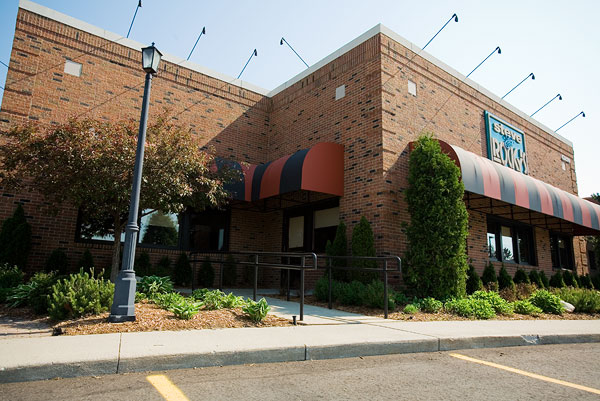 Steve Allen Previously Worked At The Renowned Golden Mushroom Restaurant In Southfield